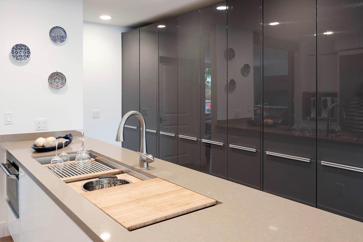 CCG-Charcoal-Gloss-Sample-Kitchen-P5