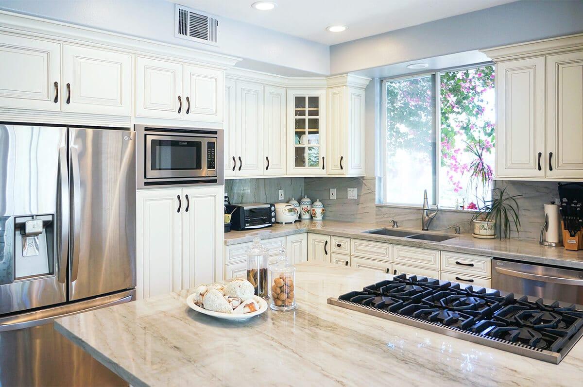 CDW-Dove-White-Glaze-Kitchen-P2