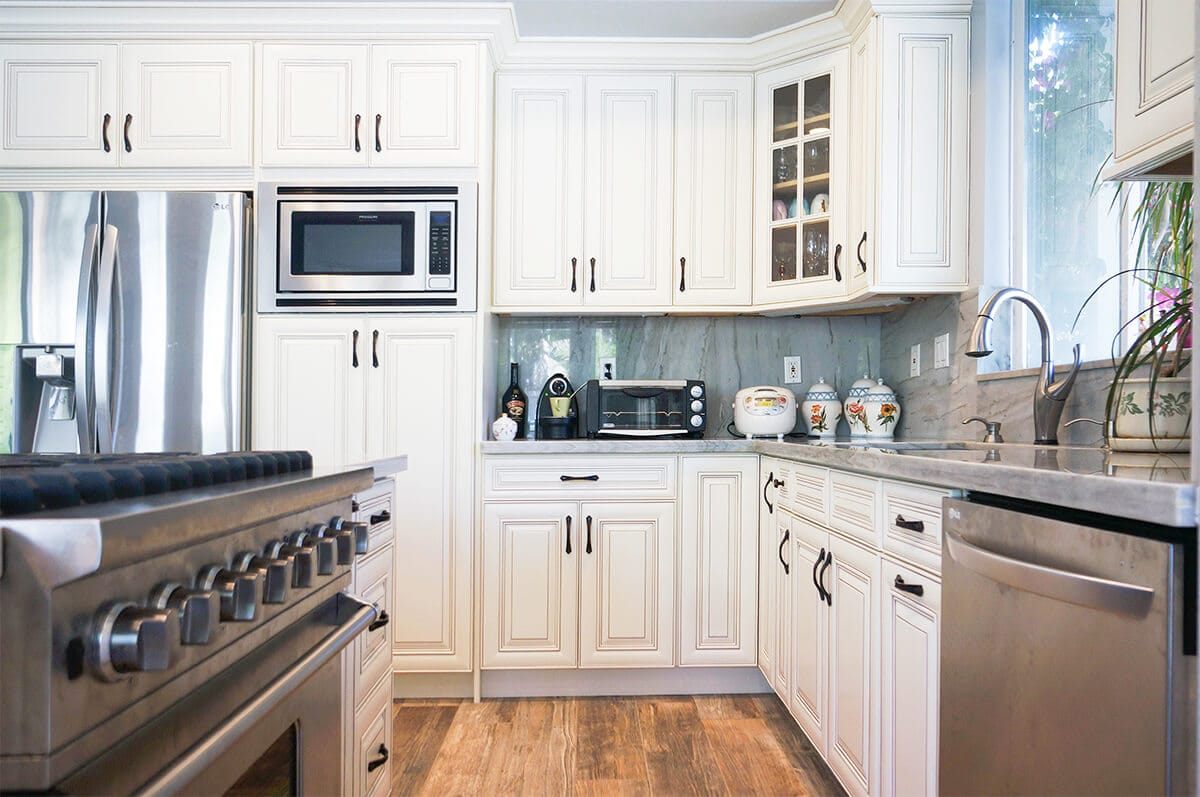 CDW-Dove-White-Glaze-Kitchen-P5