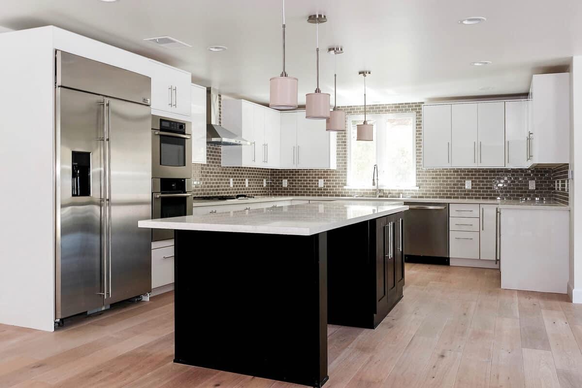 CMS-White-Gloss-Kitchen-P9-1