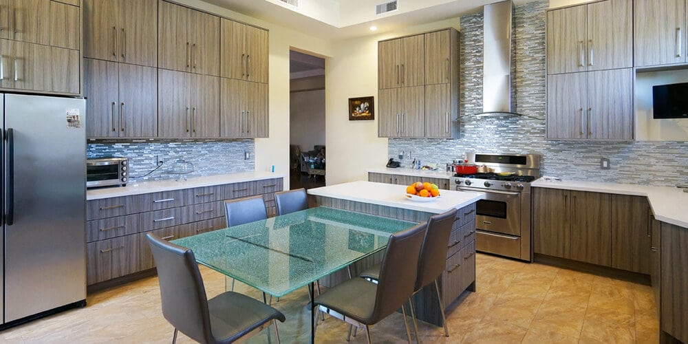 Milan-Flat-Panel-Kitchen-with-Island