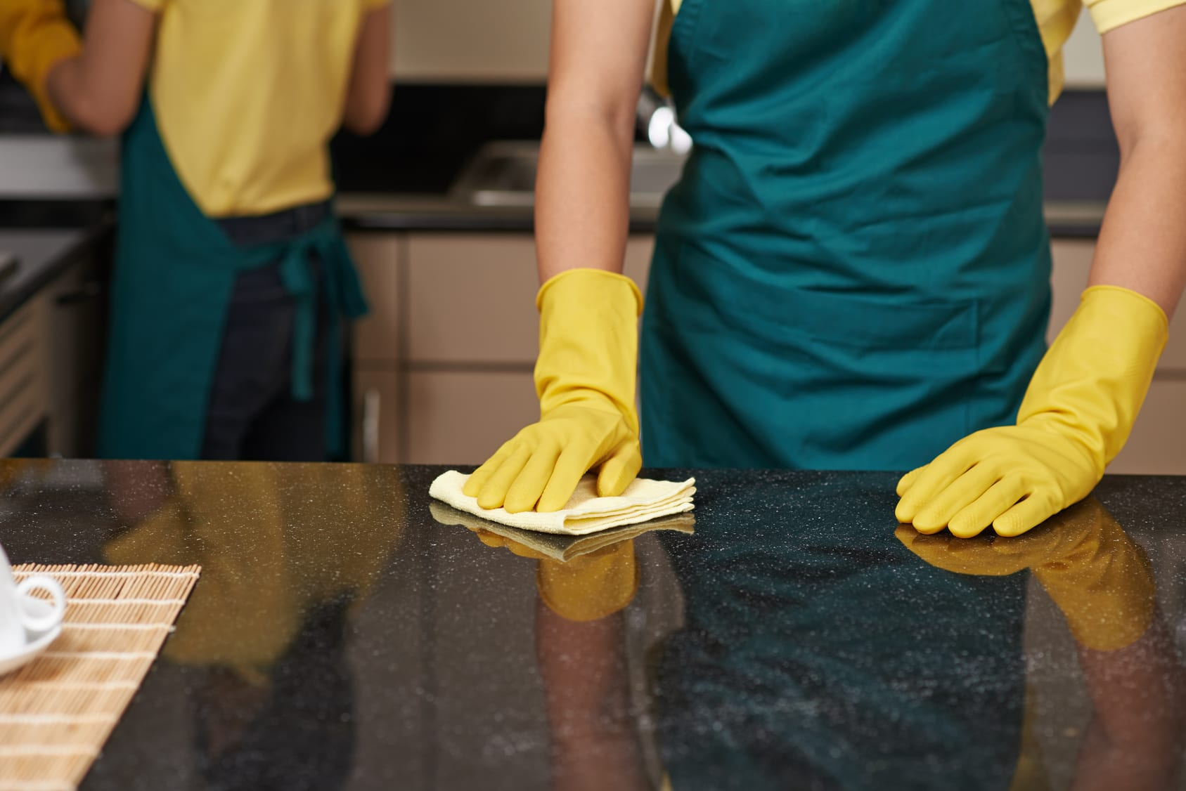 Maintaining-a-granite-countertop-cleaning-and-homecare