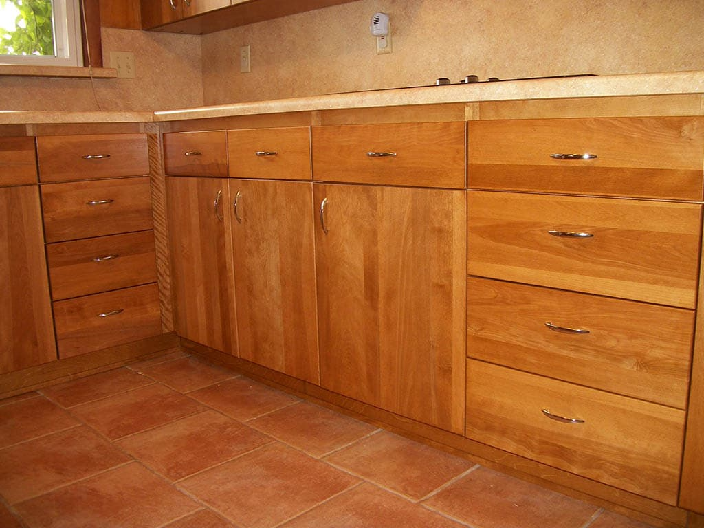 Gorgeous-rta-hardwood-Base-Cabinets
